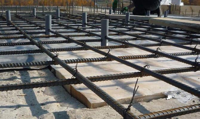 Який сталевий дріт використовують для скріплення арматури