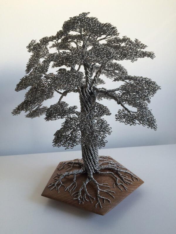 Дерево из проволоки Клайва Меддисона