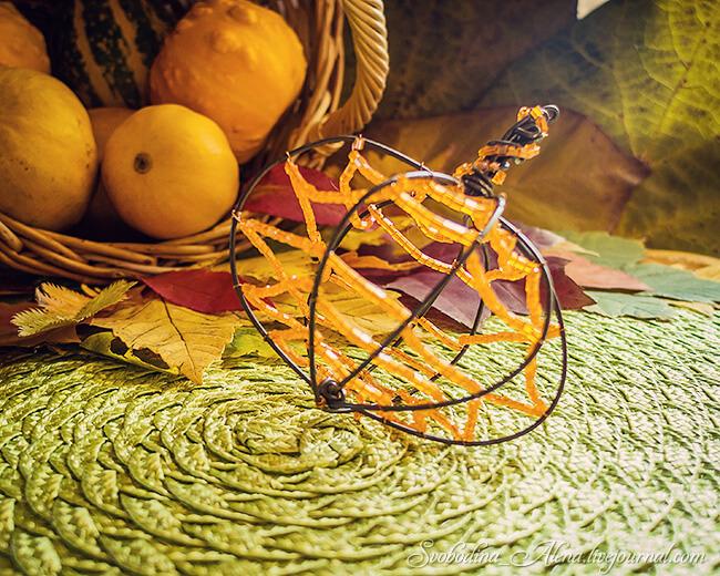 Стальная проволока для Хэллоуина: 5 оригинальных идей декора