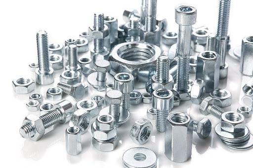 Крепежи: основные разновидности и стальная проволока для их изготовления