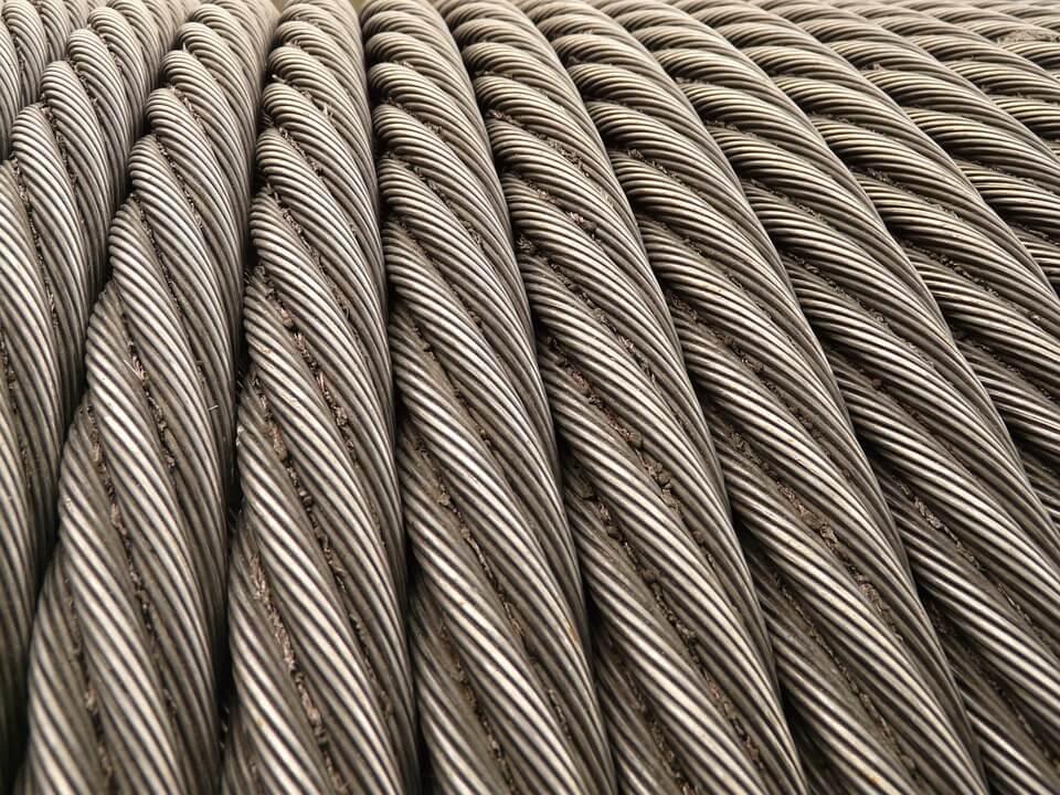 Металлические тросы из стальной проволоки
